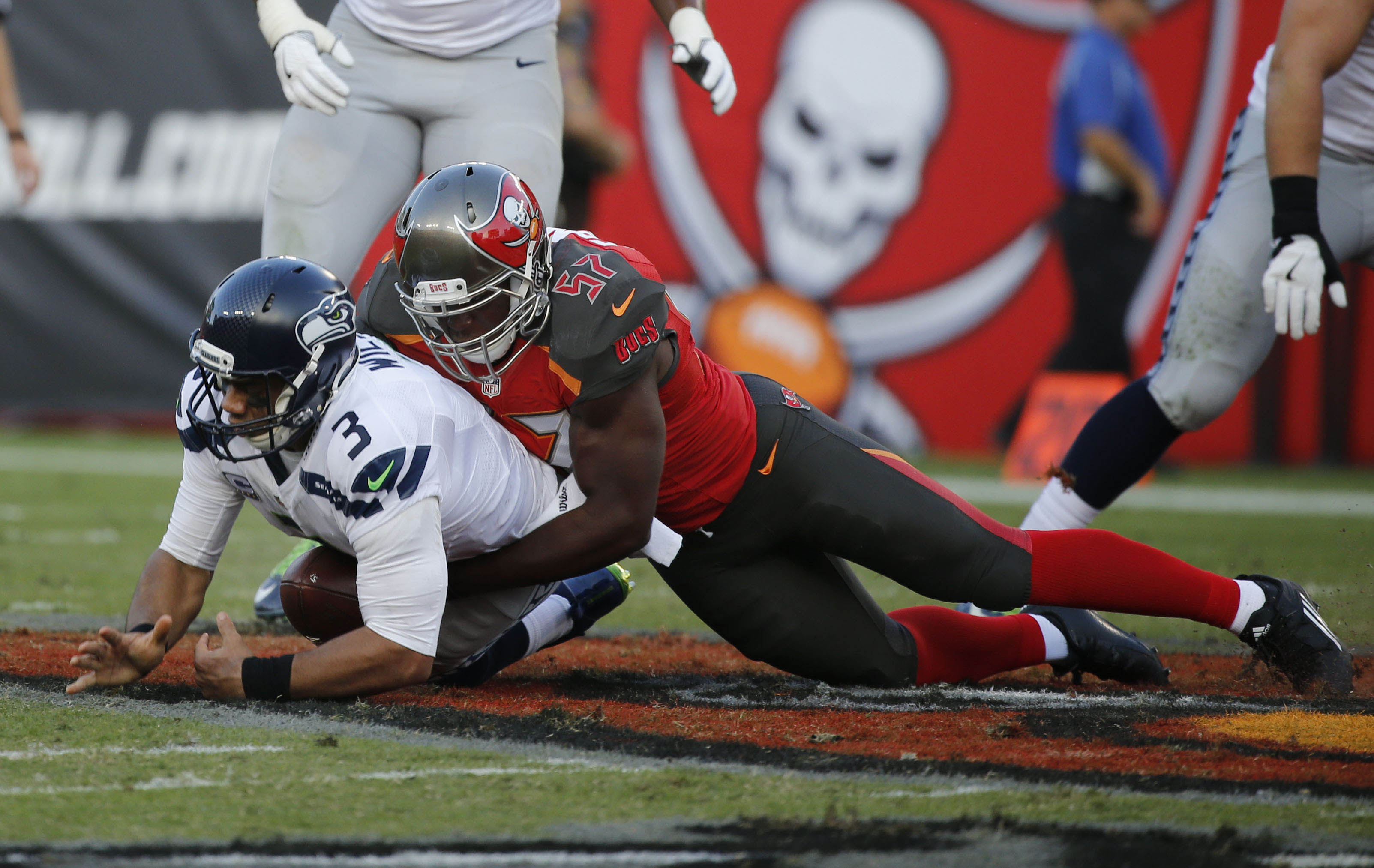 3ba54986 Buccaneers: Five Best Second Round Draft Picks in Franchise History ...
